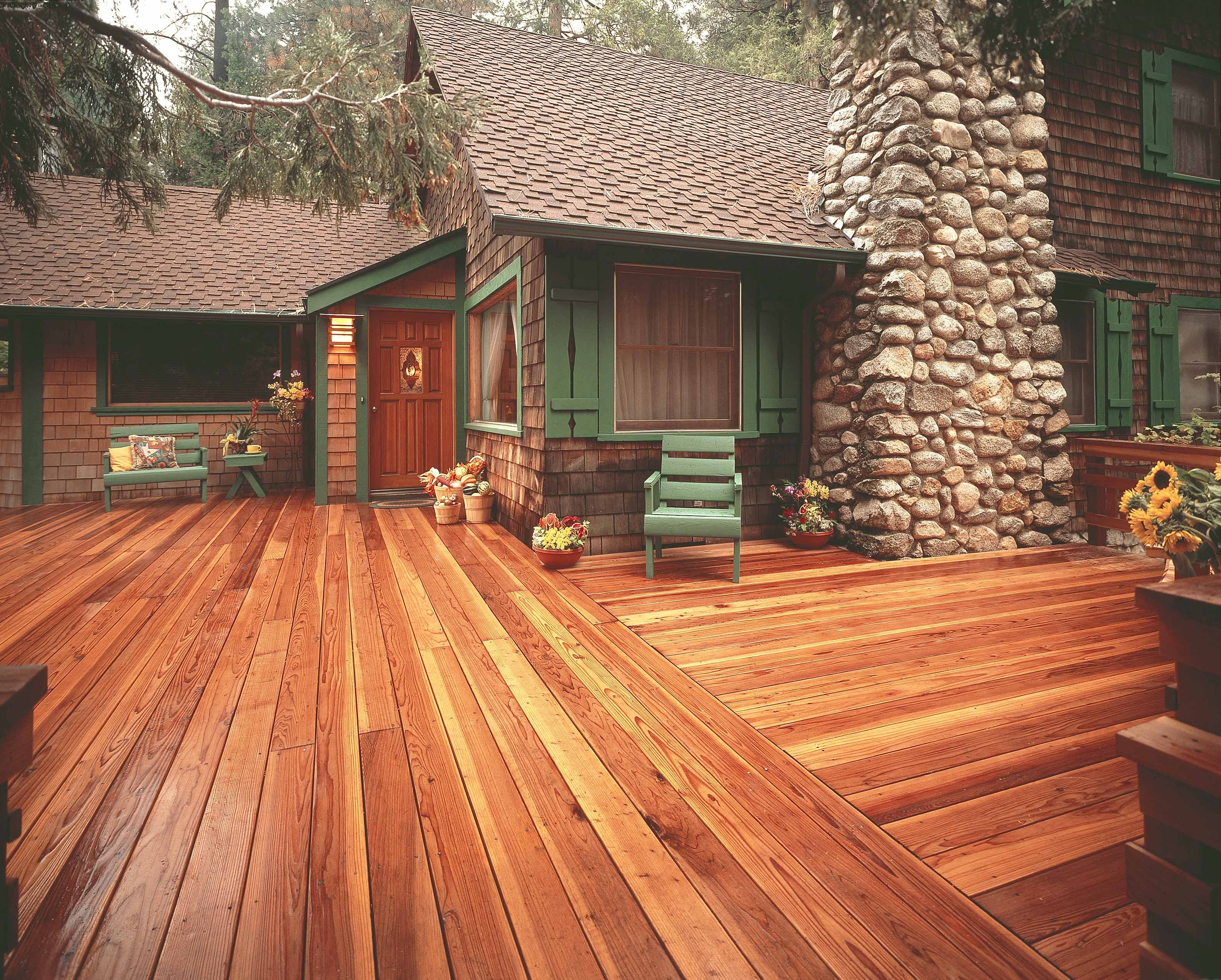 13 Redwood Refinishing Tips